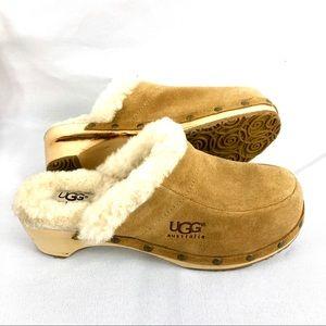 UGG Kalie Suede Leather Sheepskin Clog Size 6